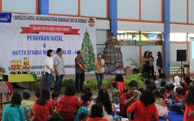 Natal 2018, Tahun Baru 2019, dan HUT ke 48 TK Strada Indriyasana : Share With Love For Others